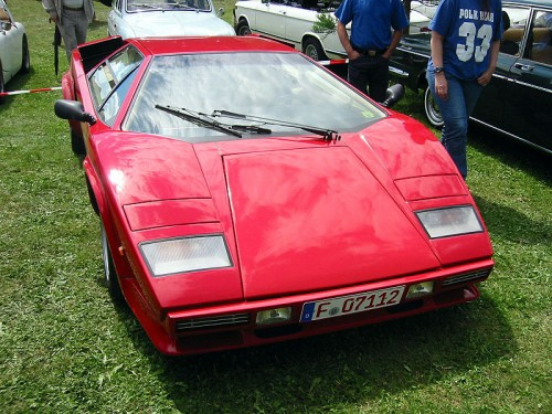 800px-Lamborghini_countach_5000s.jpg