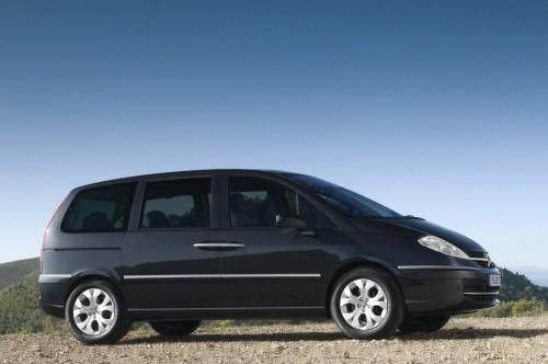 car,citroen,c8,citroen c8,family car,van,mpv,engine, speed, performance, specifications, price, feature