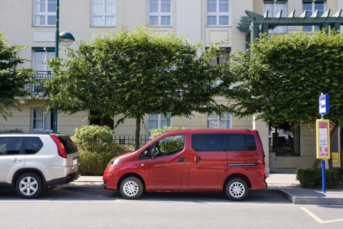 car,nissan,evalia,nissan evalia,family car, engine, performance, specifications, price, feature