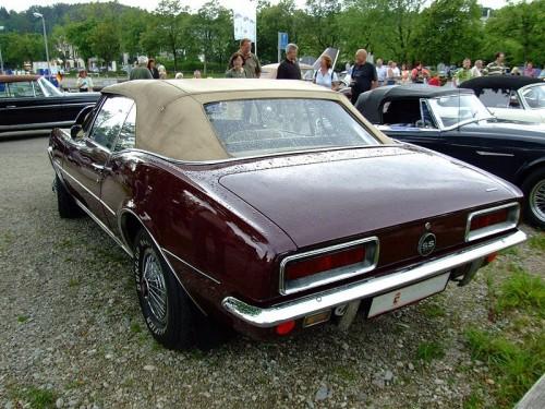 800px-Chevrolet_Camaro_SS_Cabrio_2.jpg