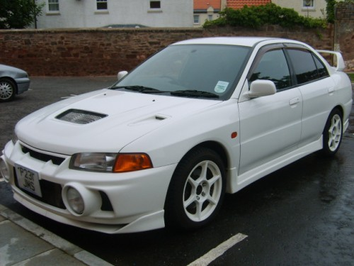 Mitsubishi_Lancer_Evolution_IV.jpg
