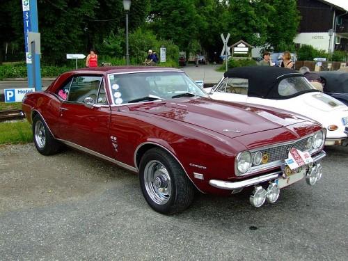 800px-Chevrolet_Camaro_SS_1.jpg