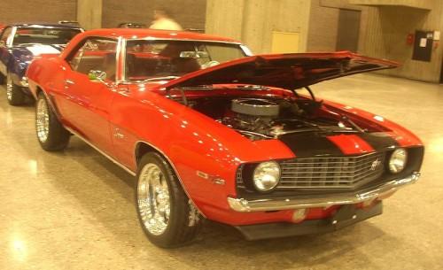 800px-'69_Chevrolet_Camaro_Z28_(Auto_classique).jpg