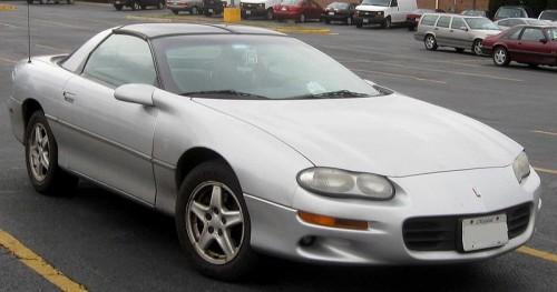 800px-1998-2002_Chevrolet_Camaro_coupe.jpg
