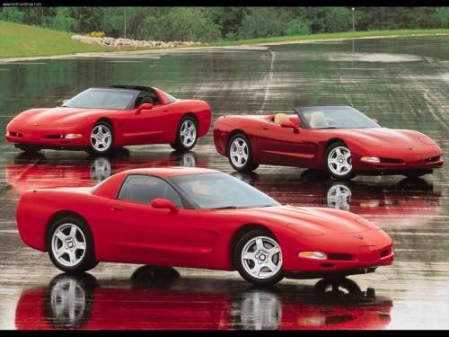 Chevrolet-Corvette_C5_1997_800x600_wallpaper_09.jpg