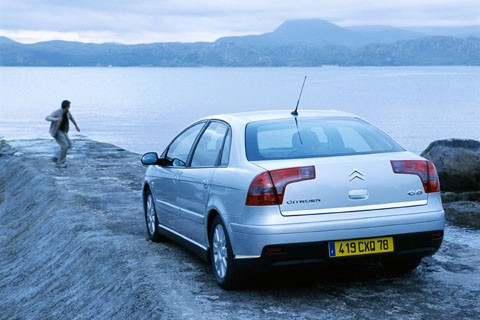 car, citroen, c5,citroen c5,citroen c5 mk1,citroen c5 first generation,family car, engine, performance, specifications, price, feature
