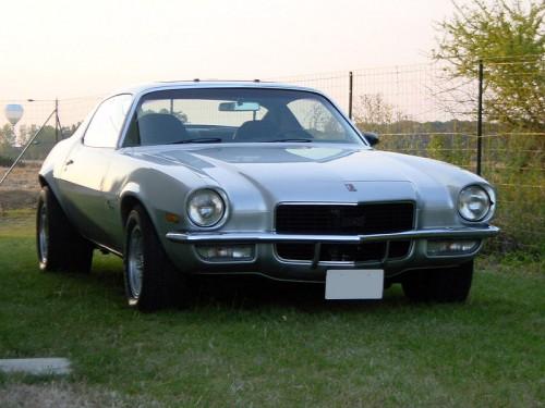 800px-Chevrolet_Camaro_1971.jpg