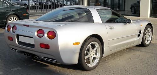 800px-Corvette_C5_rear_20090504.jpg