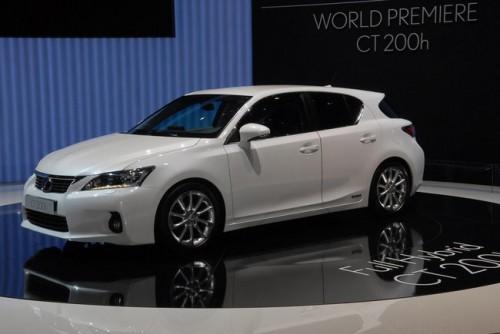 Lexus CT 200h 002.jpg