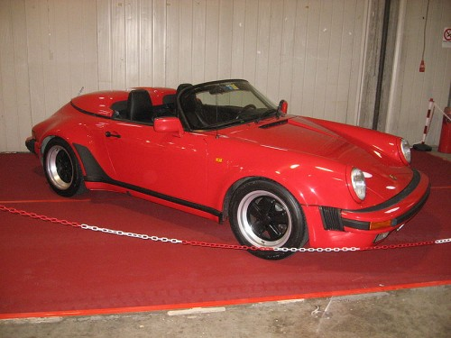 800px-Porsche_911_Speedster_Red.jpg