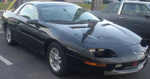 800px-'93-'97_Chevrolet_Camaro_Coupe_(Orange_Julep).jpg