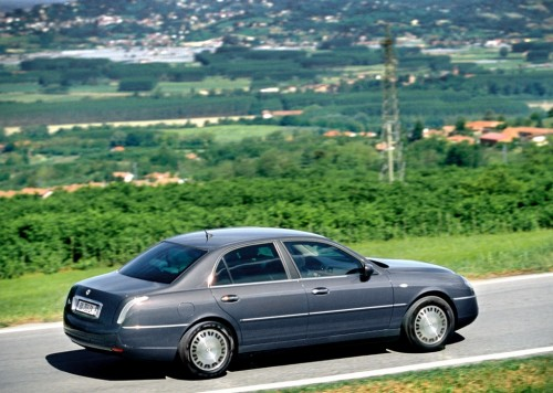 car,lancia,thesis,lancia thesis,executive car, engine, performance, specifications, price, feature