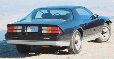chevrolet-camaro-1982-2.jpg