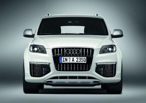 car,audi,q7,audi q7,crossover,suv,engine,performance,specifications,price,feature