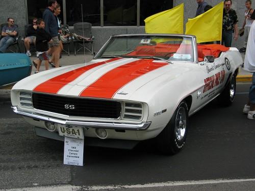 800px-1969_Chevrolet_Camaro_Pace_Car.jpg