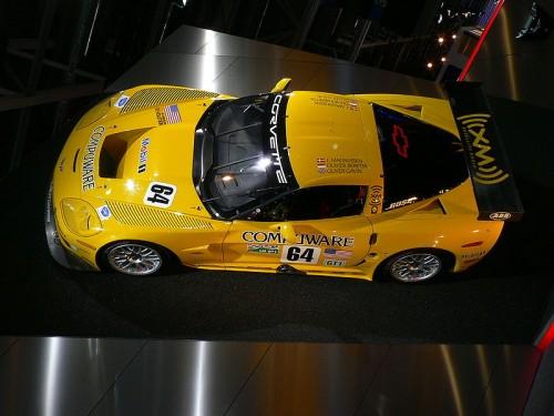 800px-Paris_2006_-_Chevrolet_Corvette_C5.jpg
