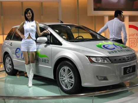 byd-e6-electric-car-002.jpg