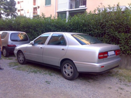 car, lancia, kappa, lancia kappa, italian car, executive car, engine, performance, specifications, price, feature