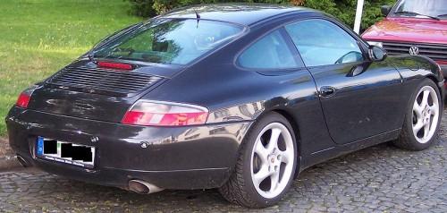 800px-Porsche_911_hr.jpg